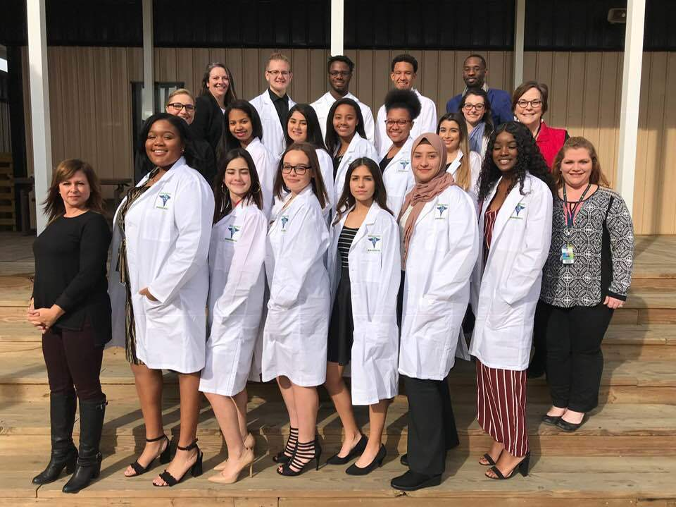 Biomedical Students Receive White Lab Coats